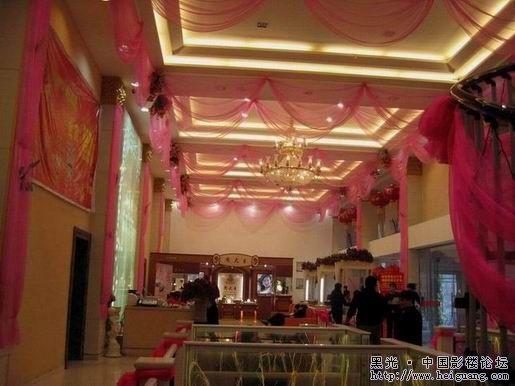 八月照相馆——国际婚纱造型馆 王梓婚纱影楼空间装修设计儿童影楼之