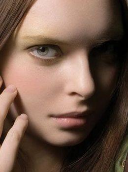 每天五分钟快妆 让你瞬间变美丽