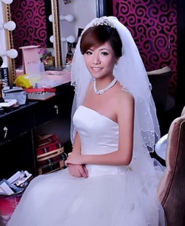 短发妹的新娘妆