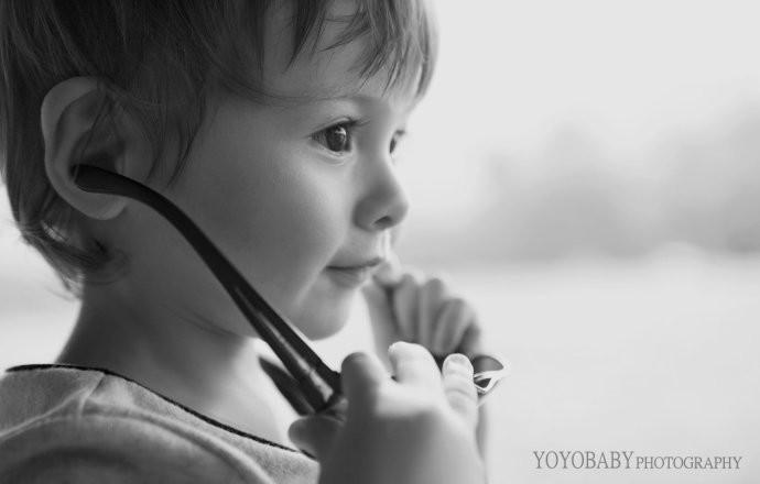 主题儿童摄影 欧美黑白经典风外景儿童写真; 秋色儿童摄影;