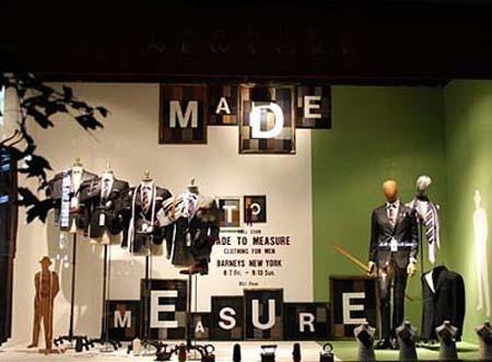 国外部分著名服装的展示橱窗设计