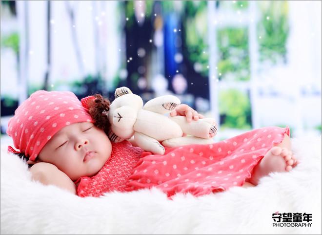 宝宝可爱睡姿儿童摄影