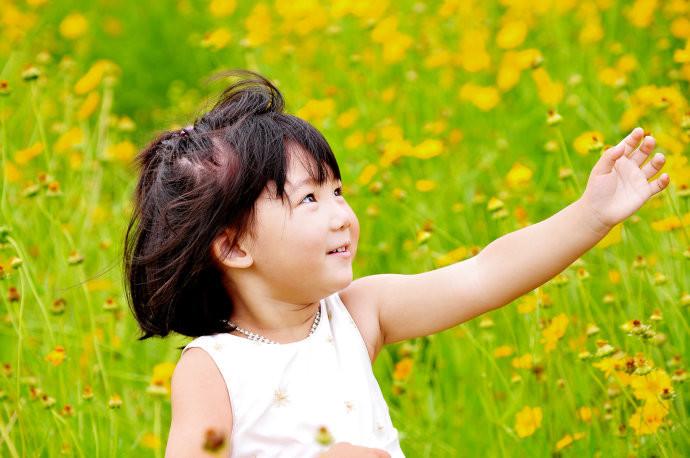 外景女孩儿童摄影