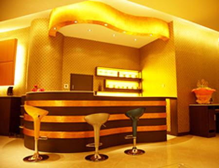 晶华婚纱摄影典雅,富丽装修效果图 (2);; 华美时尚的用餐吧台; 晶华