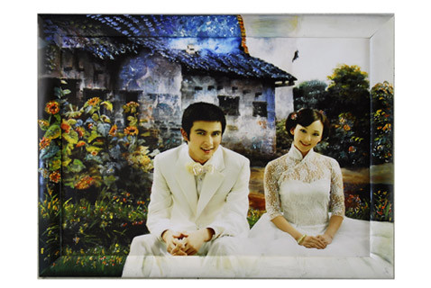 杜永是川美毕业的学生,他和几个朋友开的一禾画饰工作室主要从事墙绘图片