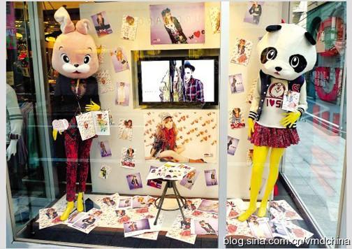 可爱卡通动物形象设计扮靓橱窗_装修·橱窗·设计
