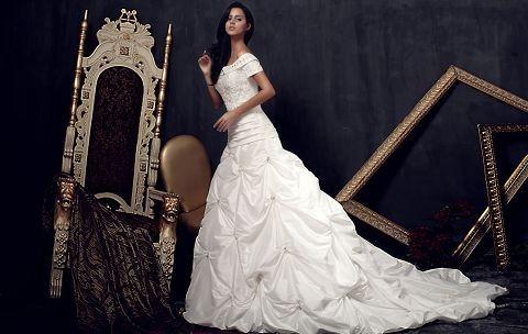 兼顾温暖美丽的传奇攻略帝魔1.0婚纱图片
