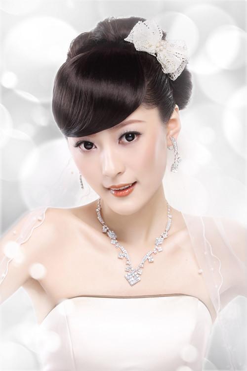 简约时尚新娘发型 高清步骤图片