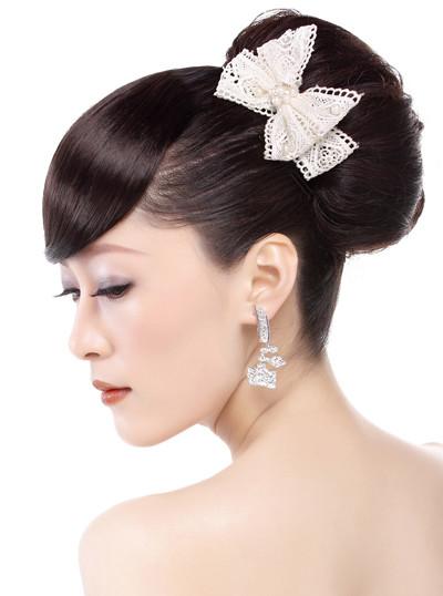 简约时尚新娘发型(高清步骤)(7)