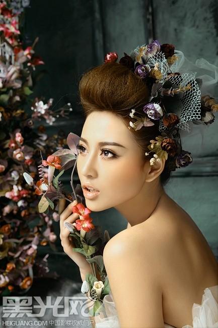 作者:罗凯 化妆造型作品欣赏   奢华新娘 妆面造型