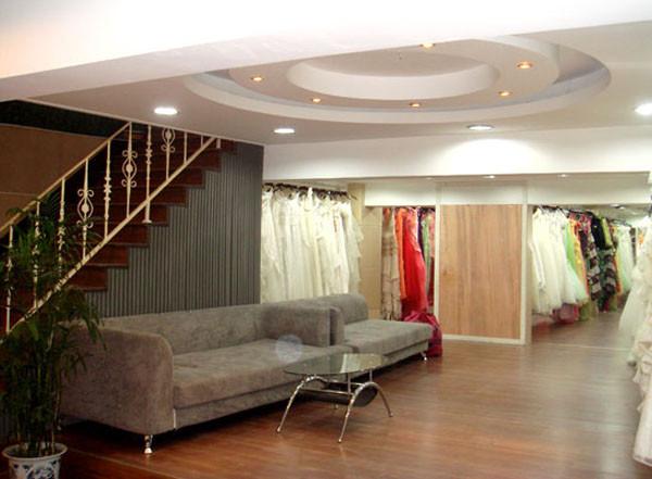 婚纱影楼装修设计 礼服区效果图
