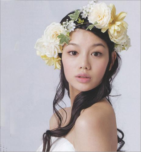 花朵与长发 优雅欧式新娘发型(3)_婚礼导购_影楼婚嫁_图片