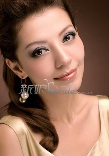 欧式新娘唇部图片