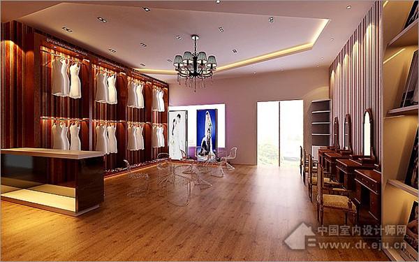利用原物料色——棕色作为影楼装修的主色,打造低调质感,别致的灯饰,更添异域风情,门口的紫色区隔展示区,非常亮眼,又融合于整体的设计中。