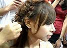 【视频】化妆师展会现场打造2011新娘发型