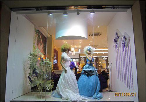 欧式影楼橱窗效果图 婚纱影楼欧式装修设计