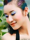【视频】肤质调修:给人物照片添加清透彩妆效果