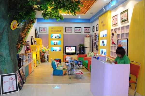 儿童摄影中心装修实景图 儿童影楼装修