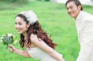 【视频】用PS合成靓丽色彩的外景婚纱照片