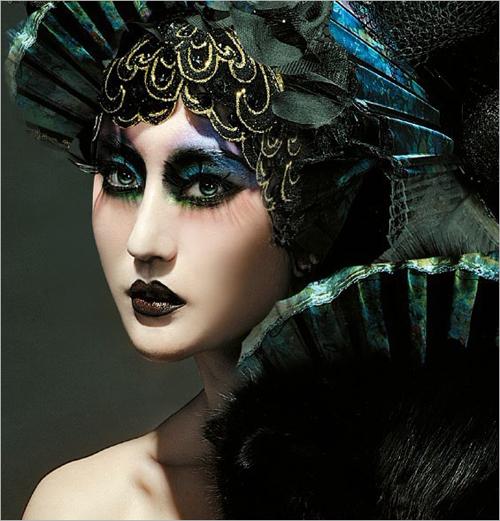 个性彩妆打造法则 轻松的打造出时尚而充满个性的妆图片