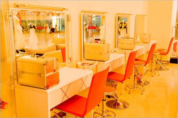 io视觉婚纱摄影店面展示 影楼装修
