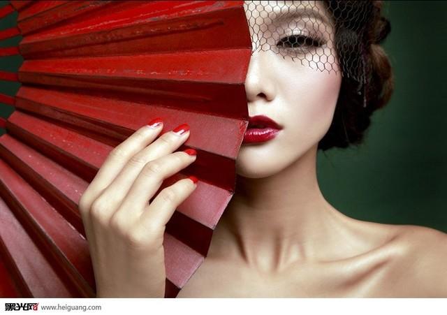 中国风(3)_化妆造型_黑光图库图片
