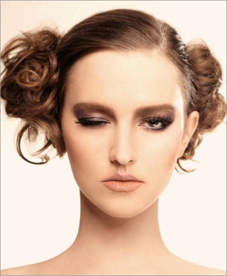 温婉欧式新娘发型 立体的柔美(6)_妆面赏析_影楼化妆_图片