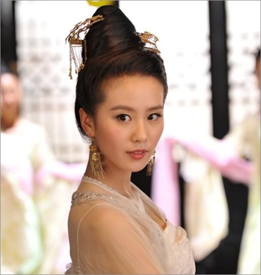 《轩辕剑》刘诗诗剧中古装新娘造_发型设计