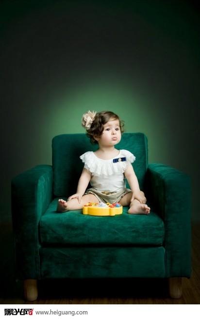 一周岁的triana儿童摄影
