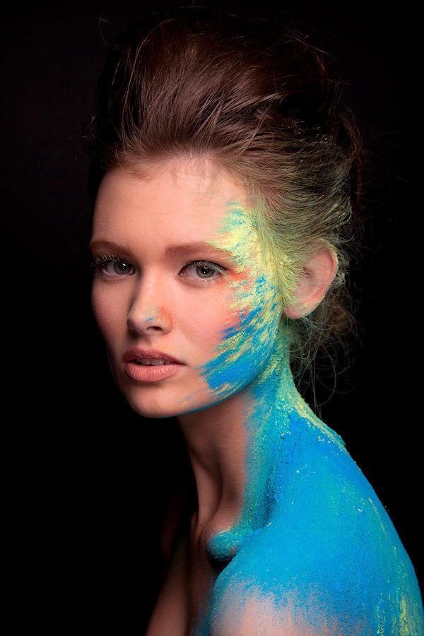 人物彩色艺术创意摄影欣赏
