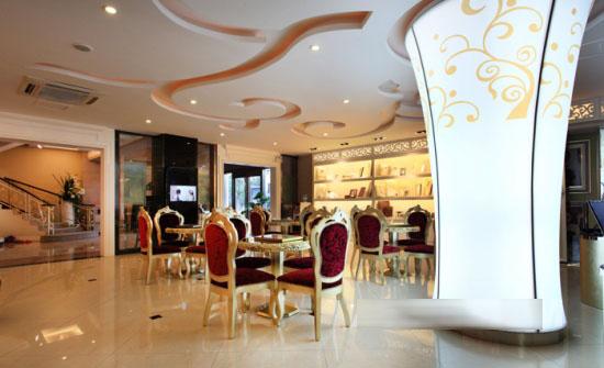 米兰新娘婚纱影楼店面设计,刚柔并济的美空间