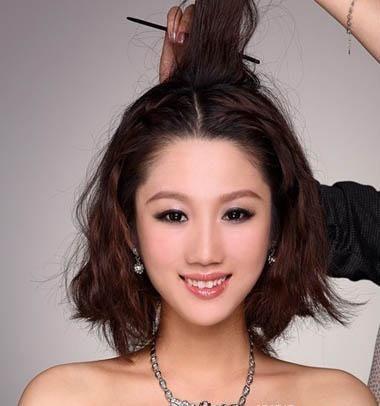 2012年最新韩式新娘盘发,造型教程实例图解