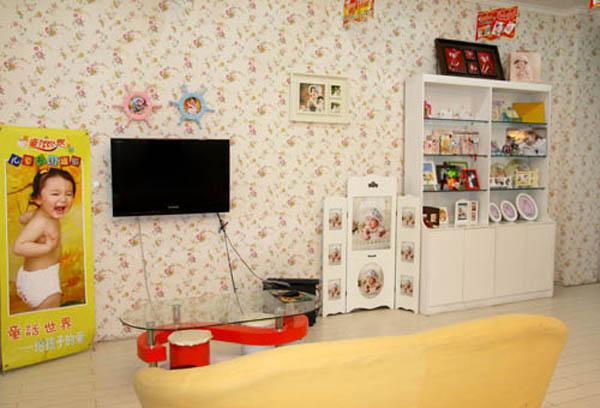 童话世界儿童影楼装修设计店内装修展示效果 七