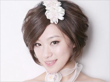 俏皮可爱短发新娘造型(4)