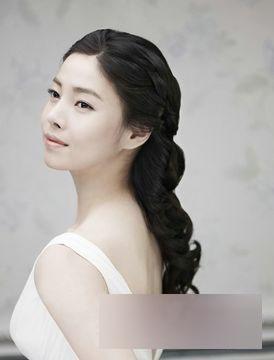 甜美韩式新娘妆容 打造迷人优雅造型
