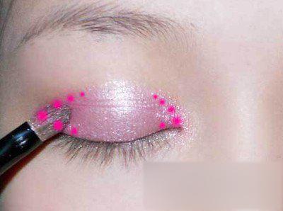 芭比妆的画法 清纯美丽惹人爱(3)