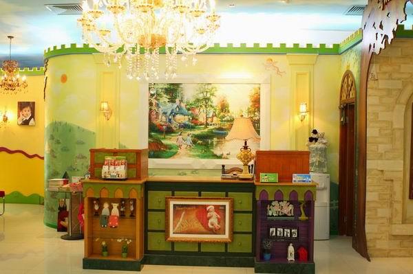 西瓜庄园儿童摄影门店装修设计展示:浦东联洋店