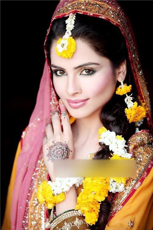 南印度新娘发型 犹如花仙子坠入尘世图片