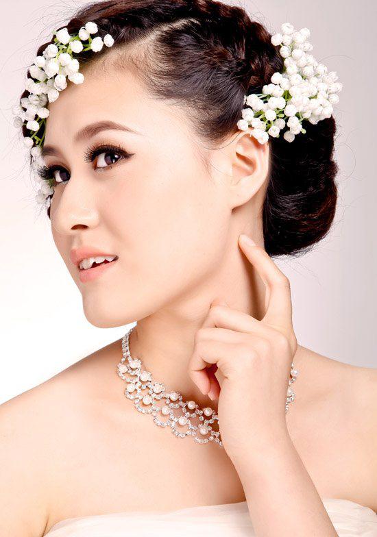 最新新娘化妆造型 时尚创意晚装化妆图片