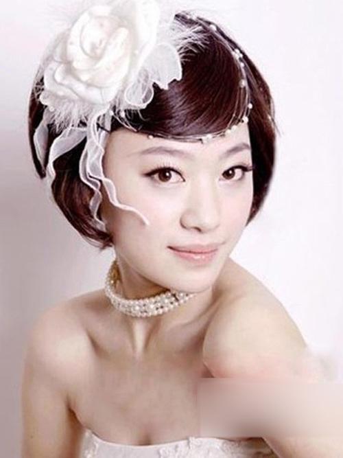 怎样打造短发新娘优雅发型 让你成为时尚靓丽的新娘