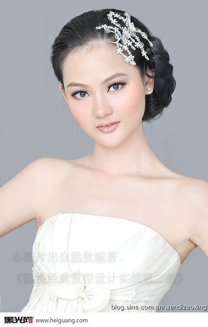2013新娘白纱造型流行趋势图片