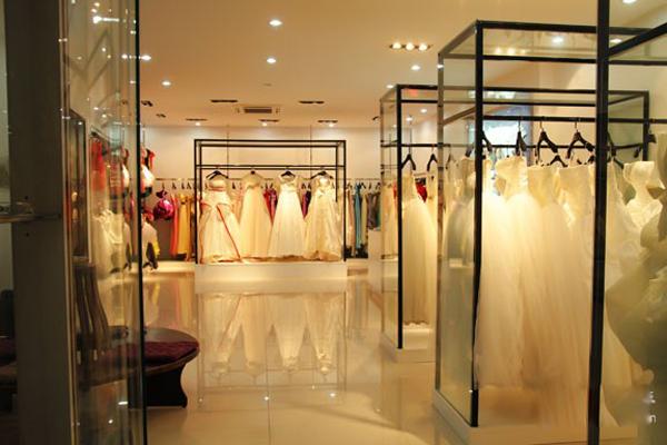 金华麦田视觉婚纱摄影,时尚大气的影楼装修图片