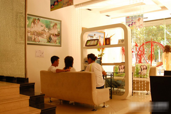 海阳金夫人婚纱影楼,直线型欧式动感装修设计(5)