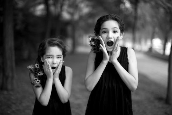 精灵姐妹-清新自然风格儿童外景样片拍摄技巧