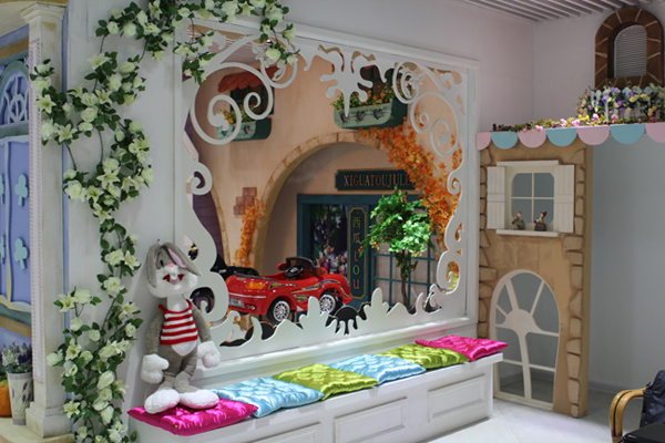 西瓜头儿童摄影装修设计,一座儿童乐园式的影城