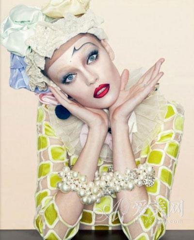 杂志创意彩妆 引领彩妆新潮流