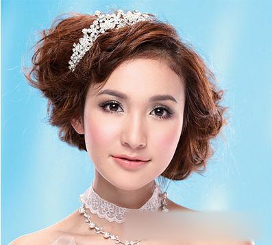 唯美新娘发型 打造清新稚嫩新娘