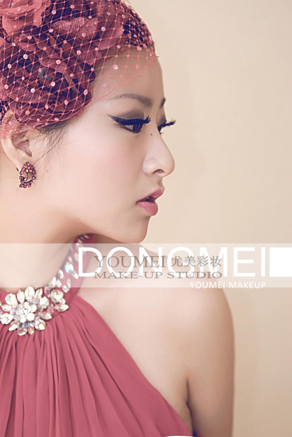 2013最新新娘红色礼服造型