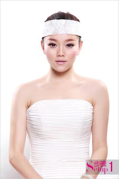 2013新娘造型步骤详解 饰品趋势发布