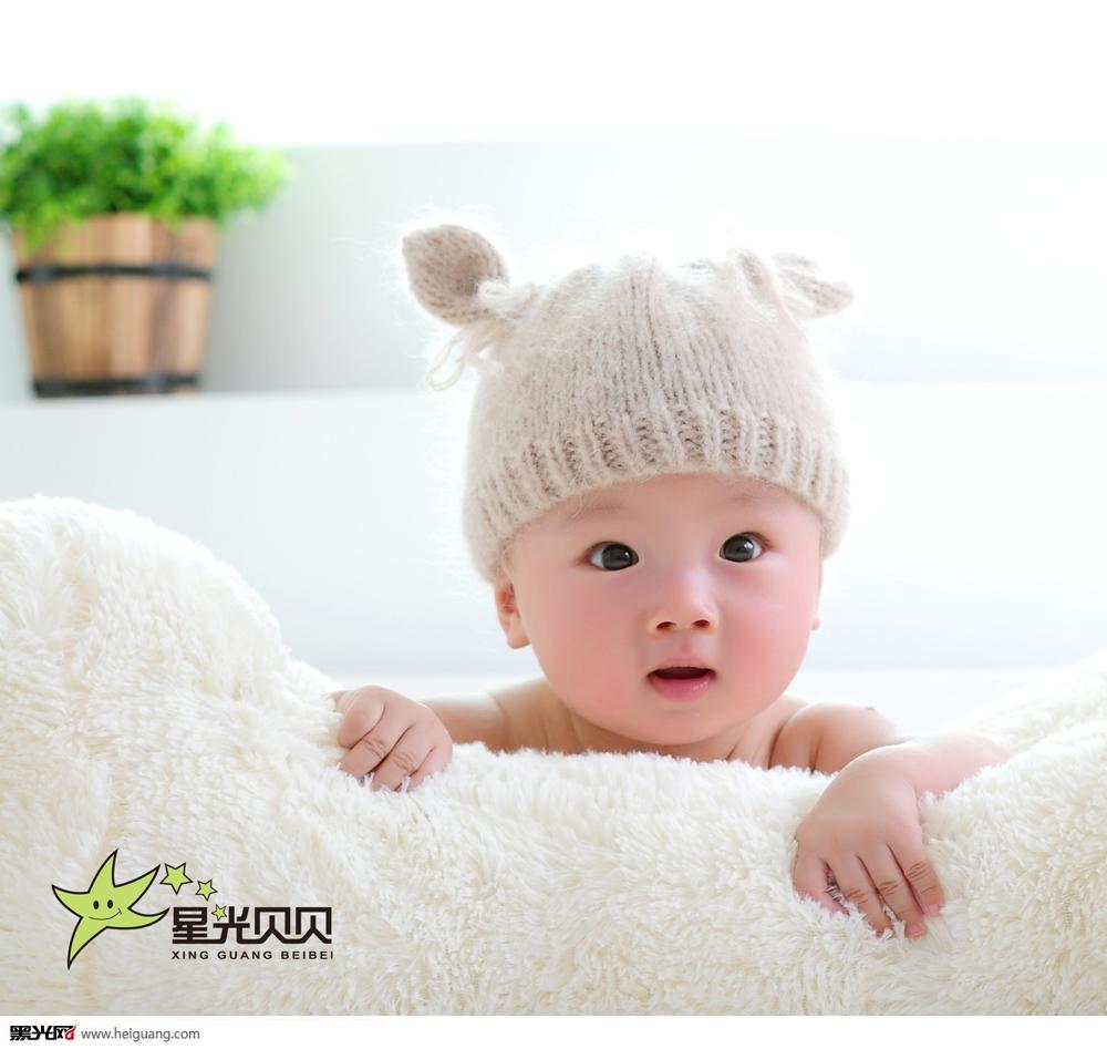 小孩幼时可爱照片